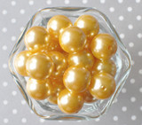 20mm Butter yellow pearl bubblegum beads
