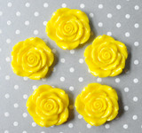 42mm Yellow resin flower beads
