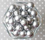 16mm Matte silver pearl bubblegum beads