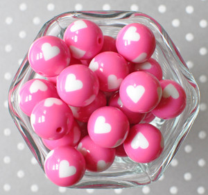 20mm Hot pink with white heart printed bubblegum beads