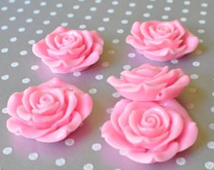 42mm Pink resin flower beads