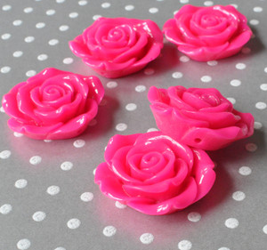 42mm Shocking pink resin extra large flower beads