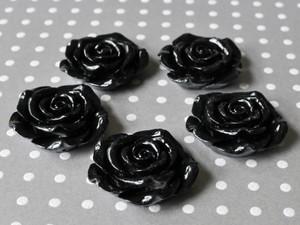 Black resin flower beads