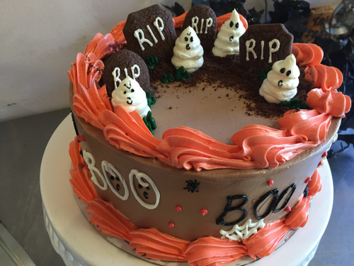 Scary Cemetery Cake