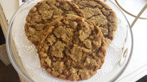 Molasses Oat Cookies