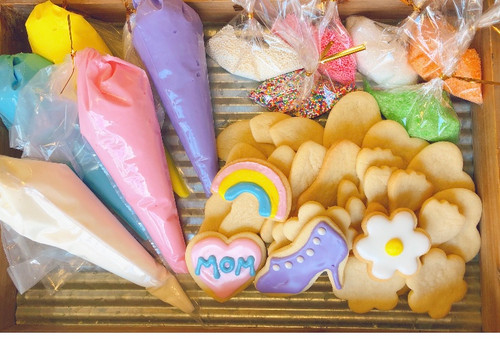 Mother's Day Sugar Cookie Decorating Kit