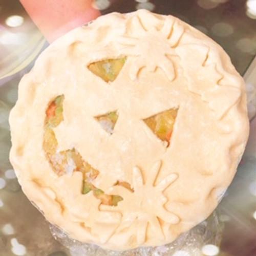 Jack O'Lantern Chicken Pot Pie