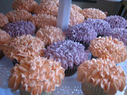 Hydrangea Cupcakes with Buttercream Frosting