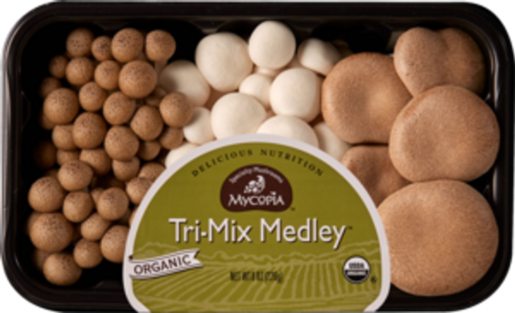 Tri- Mix Medley  A mix of three popular specialty varieties:   Alba Clamshell: An albino strain of the Brown Clamshell, it is distinguished by its mild shellfish flavor. It's quarter-size caps with 2 to 3 inch white stems retain a crunchy texture even after sautéing. Brown Clamshell: More versatile than the Alba Clamshell, it's quarter-size caps with 2 to 3 inch white stems retain a crunchy texture even after sautéing. Trumpet Royale: Has a wonderful savory flavor, a firm, meaty texture, and an amazing shelf life. Chefs in some of the country's finest restaurants have remarked on its versatility and will often use it in place of wild mushrooms.