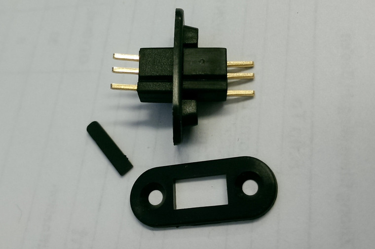 Deans 3 Pin Connector Plug w/ Bracket  (RCE-3005)