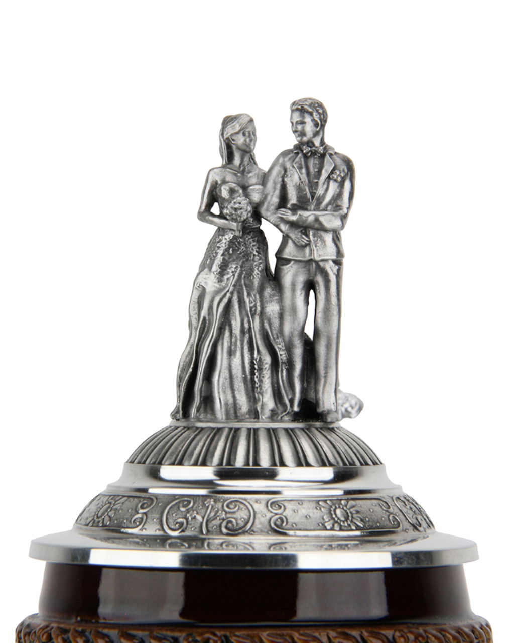 Loving couple pewter figurine lid