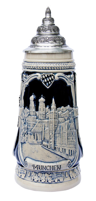 Handmade authentic German beer stein with Munchen relief