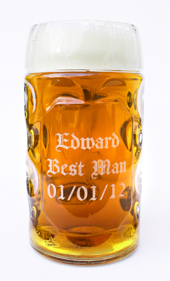 Half liter dimpled glass mug with custom text engraving