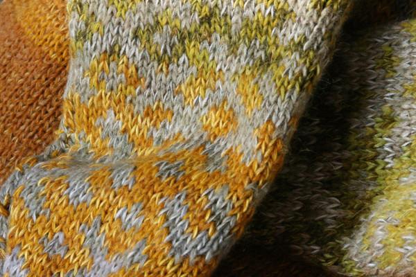 mustard yellow Latvian symbols sweater size L detail of pattern knitting