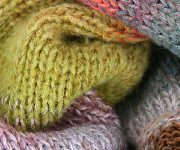 Winter Apples color way closeup of knitting detail of snood cowl knit by Wrapture by Inese