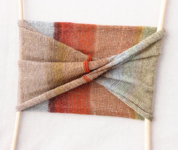 Lichen loop scarf kid mohair silk Wrapture by Inese