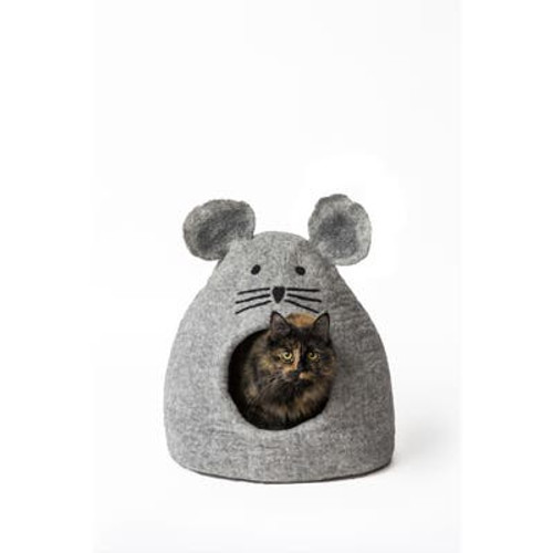 Who's hunting whom now? This mouse cave is the perfect size and shape for your cat, and some small dog breeds, to sleep, hide and play. Caves provide a safe, warm haven and can help your pet feel secure. Approximately 20″ long, 14″ wide and 10″ high and is roomy for pets up to 12 lbs and cozy for those up to 16 lbs.