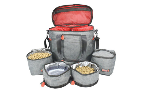 Includes 2 x food grade storage containers, 2 x food grade foldable travels bowls and internal and external pockets. This travel bag is also washable and made out of a water resistant fabric. The travel bowls fold and zip closed to save space, this is a very convenient way to travel with all of your pets essentials.  Includes travel bag, 2 x food grade storage containers, 2 x food grade foldable travel bowls Internal and external pockets Washable, water-resistant fabric Travel bowls fold and zip closed to save space Convenient way to keep all of your pet essentials together when you travel