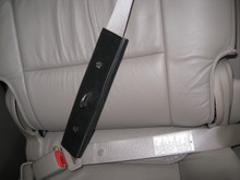 Seat belt Shoulder Attached