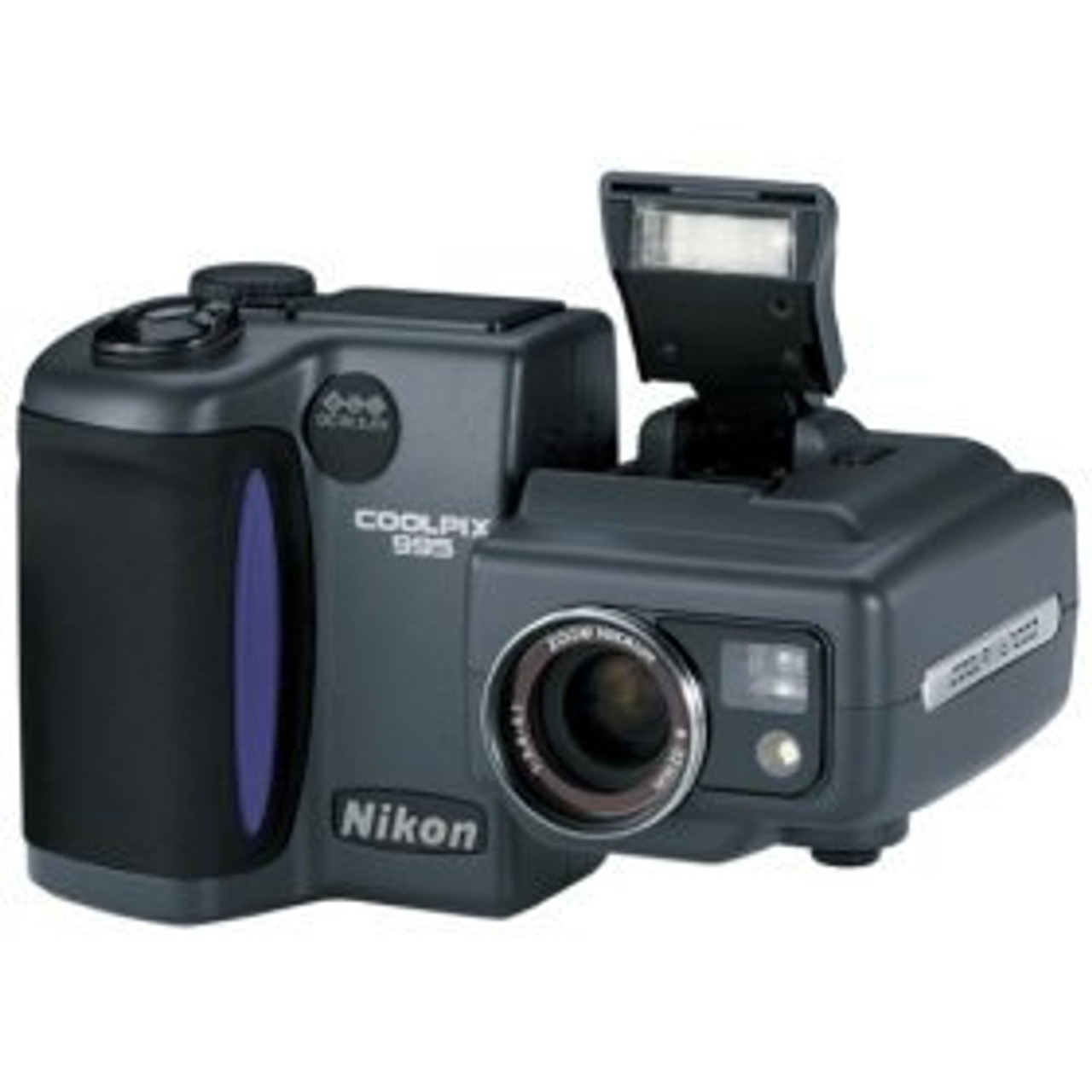 Nikon Coolpix 995 Digital Camera