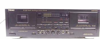 TEAC W-525R Double Auto Reverse Cassette Deck