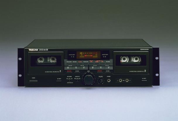 Tascam 202 MKIII Professional Dual Cassette Deck