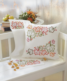 Freestyle: Maple Leaves: Runner Embroidery Kit By Anchor