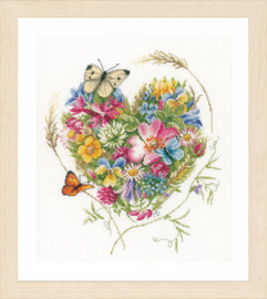 Counted Cross Stitch Kit: Heart of Flowers (Evenweave)