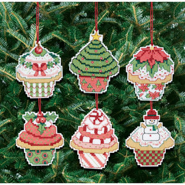 Christmas Cupcake Ornaments Kit Making 6 cupcakes
