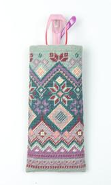 Fair Isle Spectacle Case Kit - Crewel Wool