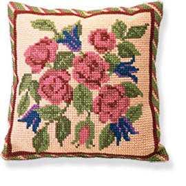 Braemar Tapestry cushion kit By Brigantia