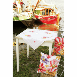 Counted Cross Stitch: Tablecloth: Colourful Flowers By Vervcao