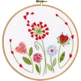 "Flowers Stamped Embroidery Kit 8"" Round by VERRVACO"