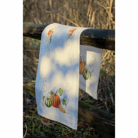 Pumpkins Embroidery Kit: Runner