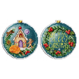 Christmas Ball Gingerbread House On Plastic Canvas By MP Studia