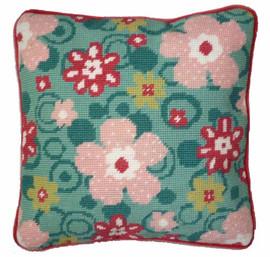 Daisy Spot Tapestry Kit By Cleopatra