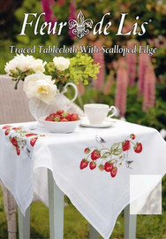 Strawberries Tablecloth Kit