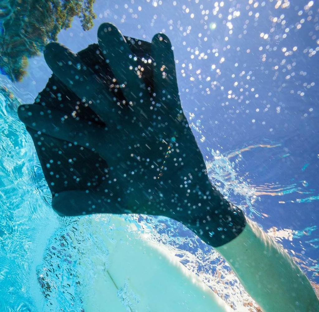 Darkfin Durafin Gloves