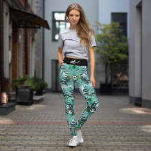 Darkfin Floral Forrest Leggings