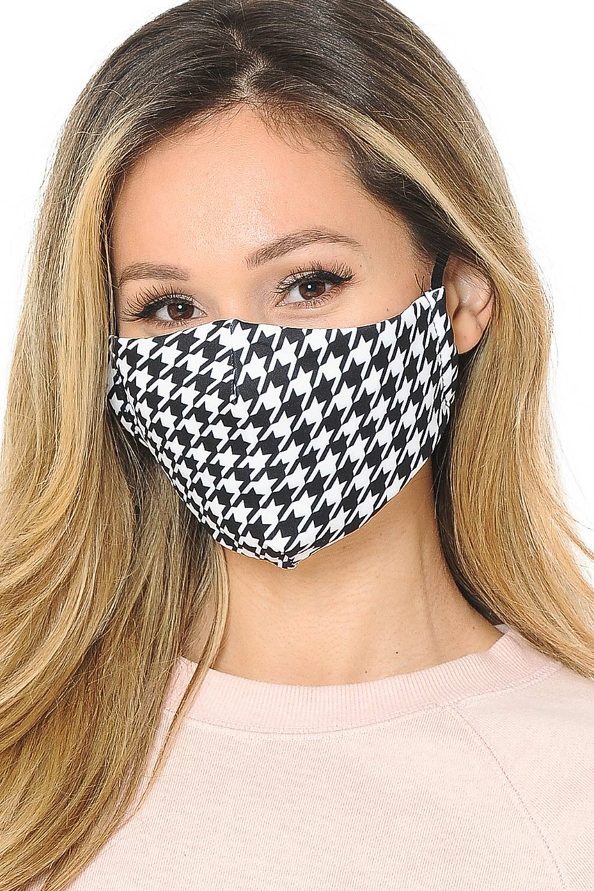 Houndstooth Graphic Print Face Mask