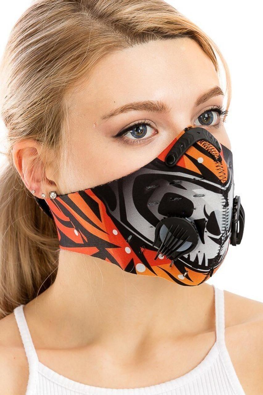 Dual Valve Graffiti Sport Neoprene Face Mask - Activated Carbon PM2.5 Filter