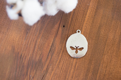 Pewter Bee Cutout  Charm Keychain/Purse Tag(18 characters max)
