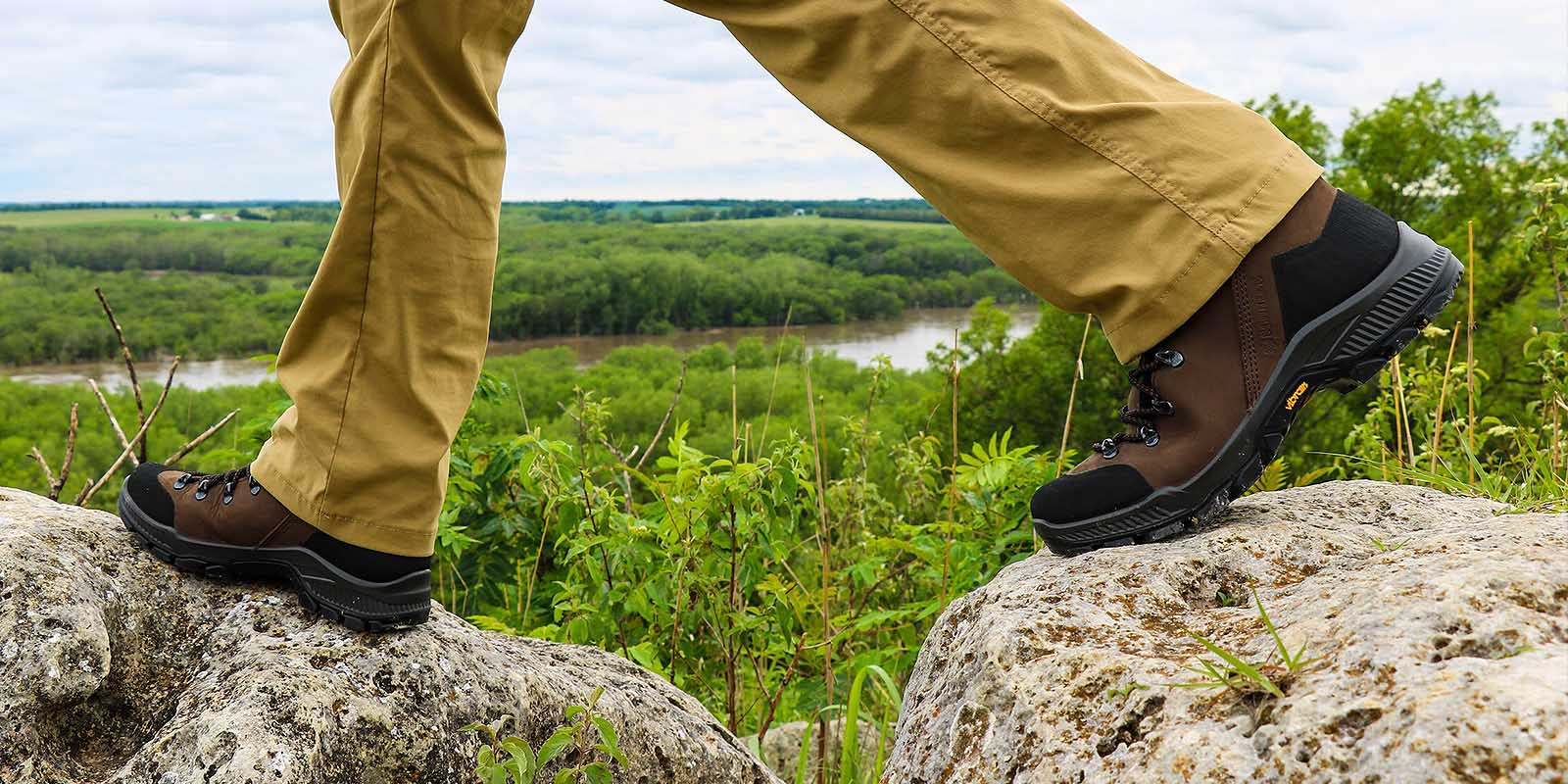 ca7623783e52e Schnee's Mountain Boots