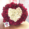 200 Roses Giant Heart Bouquet
