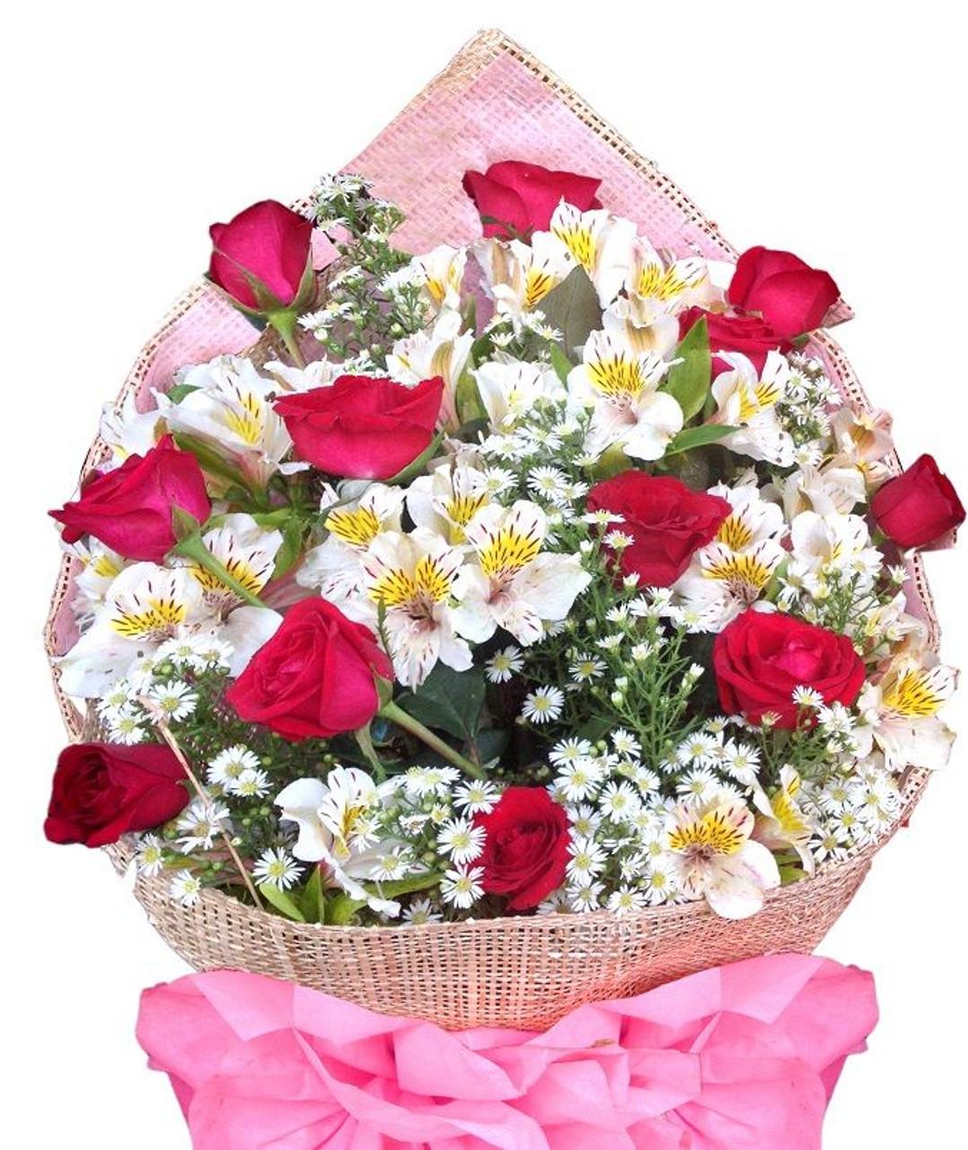 Dozen Roses & Peruvian lilies bouquet - BEST SELLER!