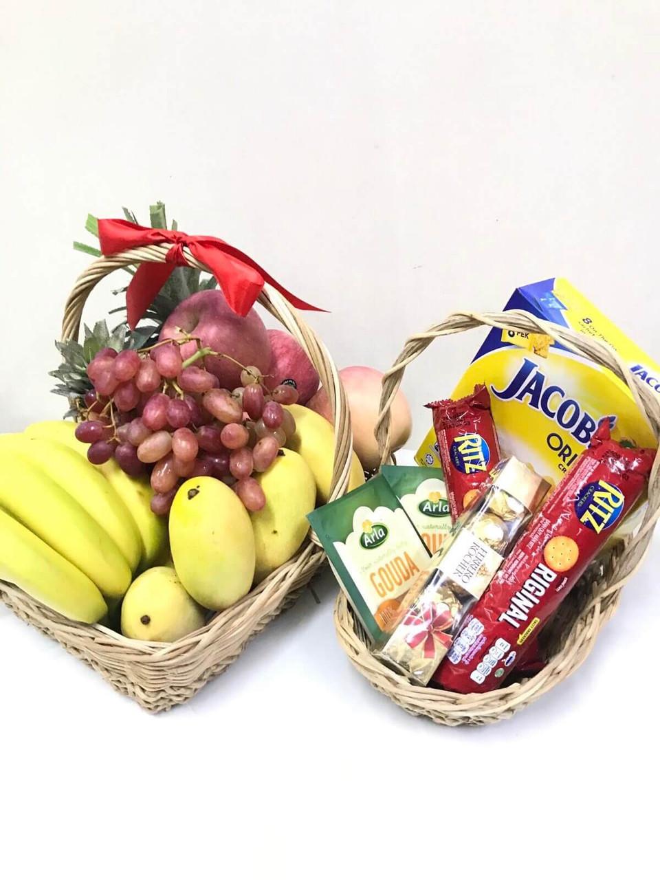 Cheese & Fruits Gift Basket Combo