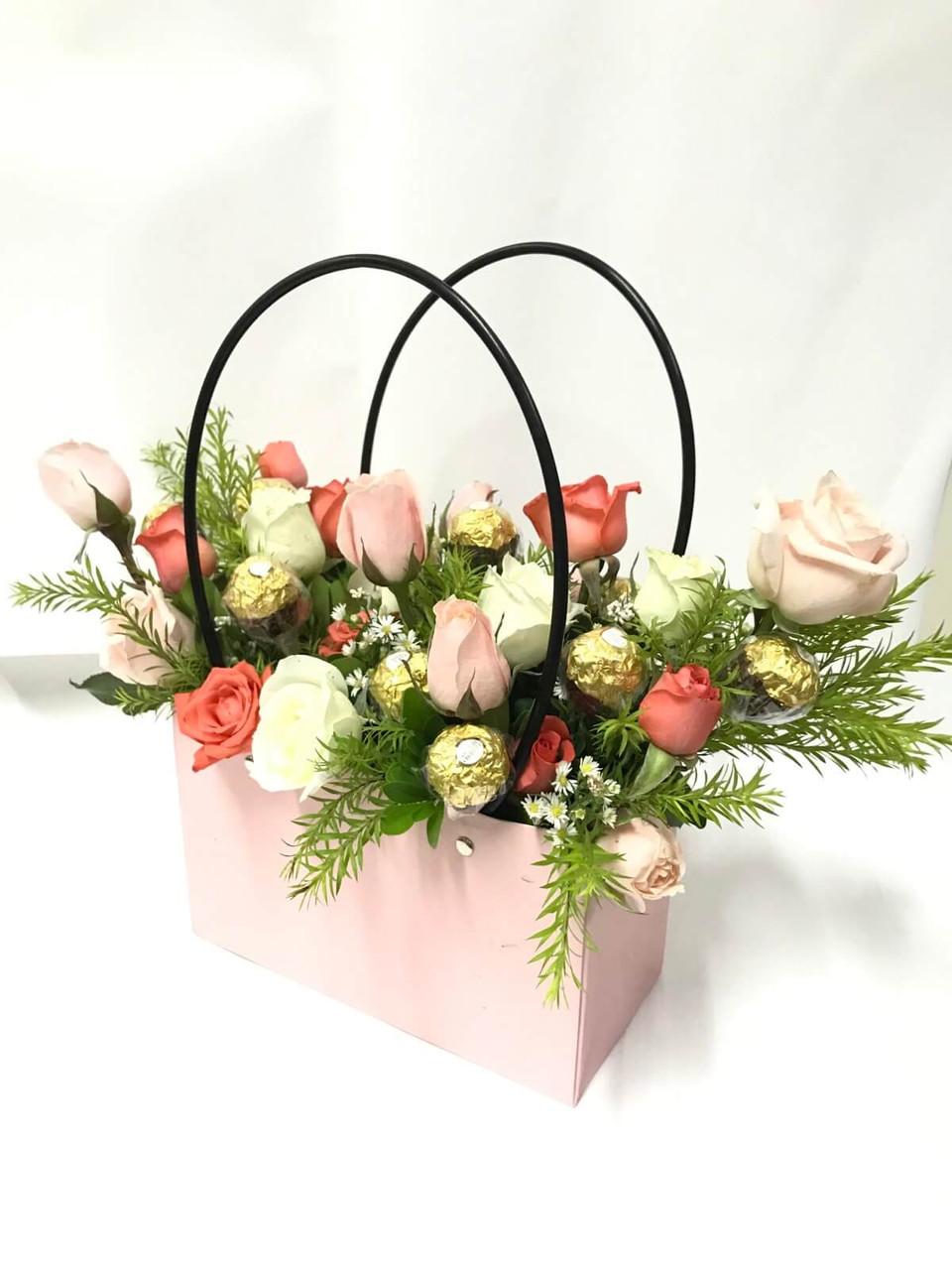 Roses & Ferrero Handbag
