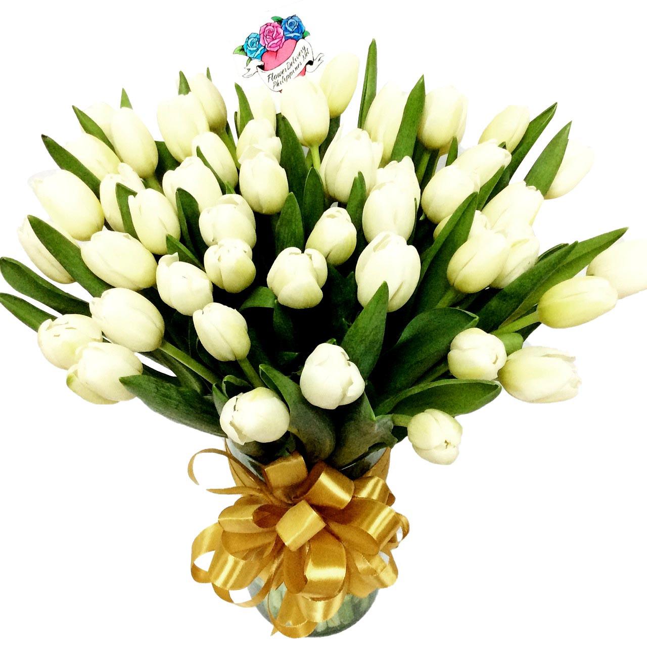 50 White Tulips Grand Bouquet