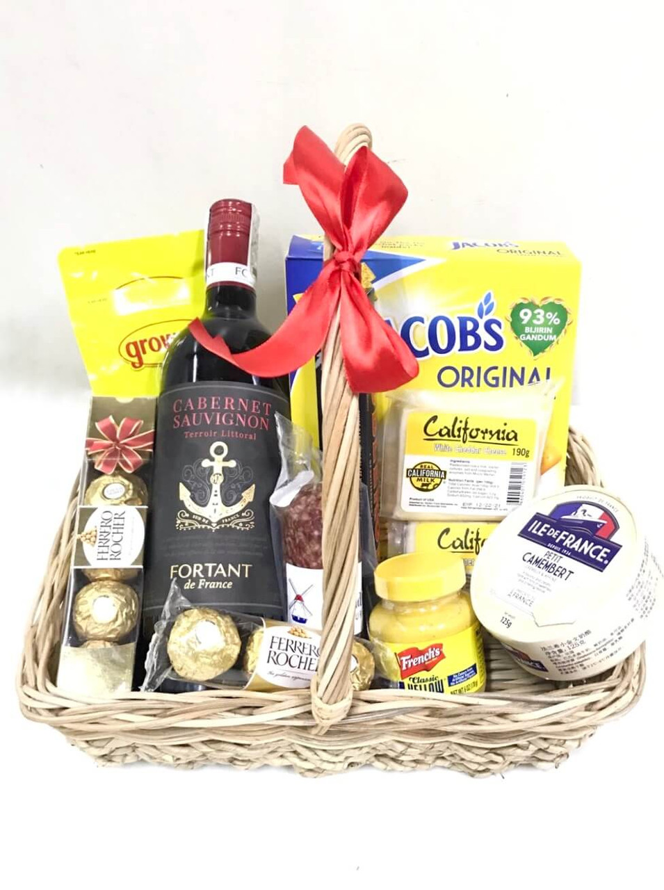French Cabernet Deli Cheese Basket