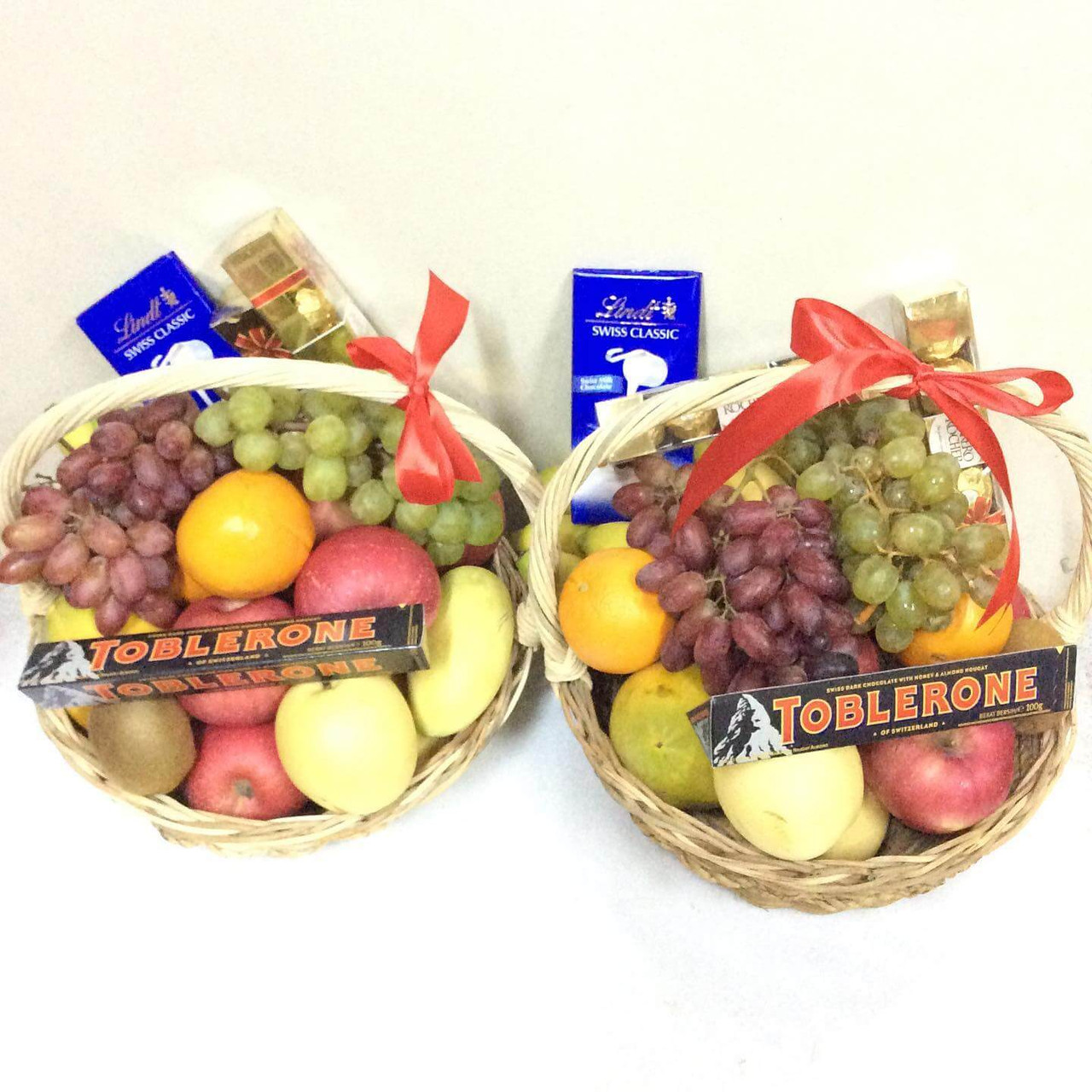 Deluxe Fruits & Chocolate Baskets Package